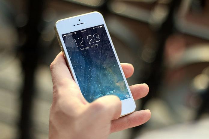 Gdzie ubezpieczyć wyświetlacz telefonu, aby mieć gwarancję naprawy szkody?